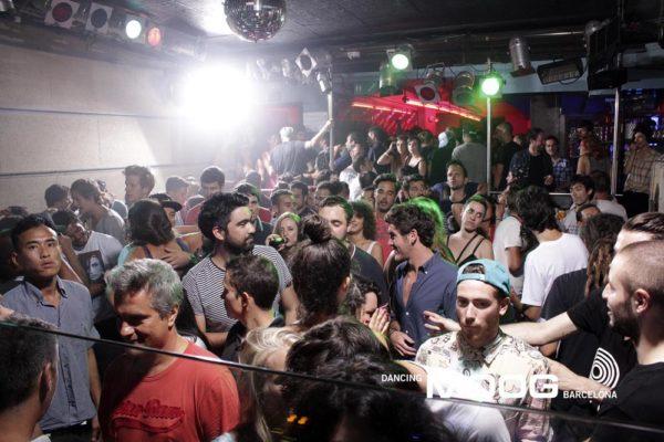 Gui Boratto Elekfantz Scharre Moog Noche brasileña en Barcelona con la especia De Alemania 23