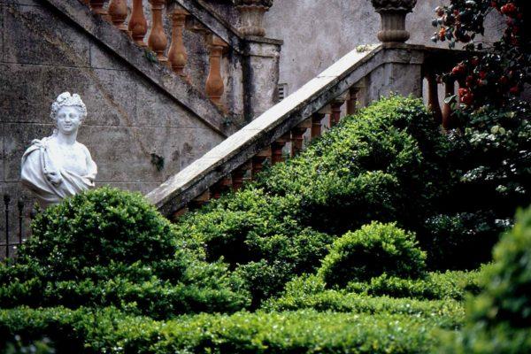 Barcelona Labyrinth Park Bust 2 Garden Of Boixos