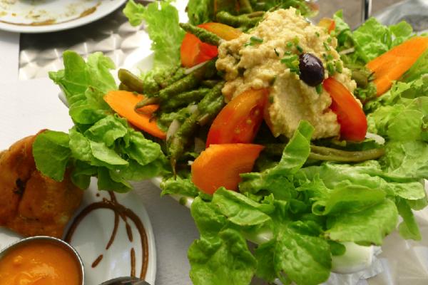 Med Salad Veggie Garden