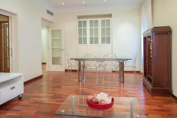 Апартаменты на Пасэо де Грасья