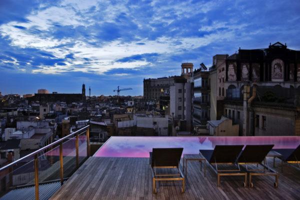 Sky Bar на крыше Grand Hotel Central