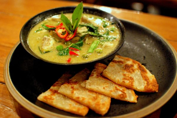 Thai Green Chicken Curry And Roti