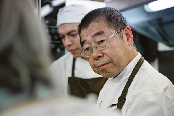 01 Takashi Ochiai SLIDE 03