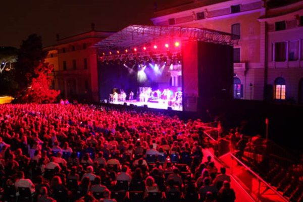 Concerts in the gardens of Pedralbes and SoundEat Festival!