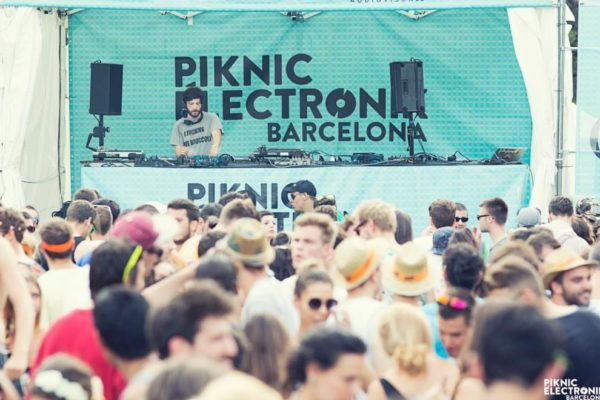 Piknic Electronik 2015 from 5 July to 20 September