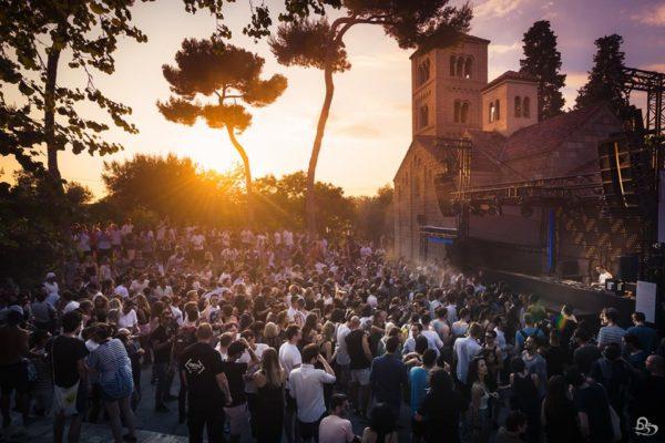 Техно вечеринки на август в Испанской Деревне