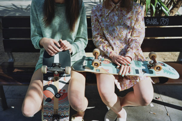 Berta Pfirsich,barcelona Girls Nails Skate Lamono Manuelbola O