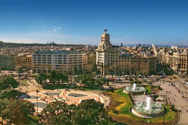 Plaza de Cataluña (Plaça Catalunya)