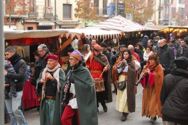 Средневековая ярмарка в Vic