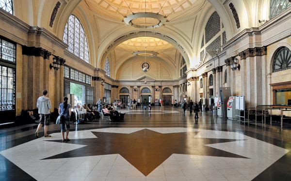 Estacion Tren Francia Barcelona Pf C1