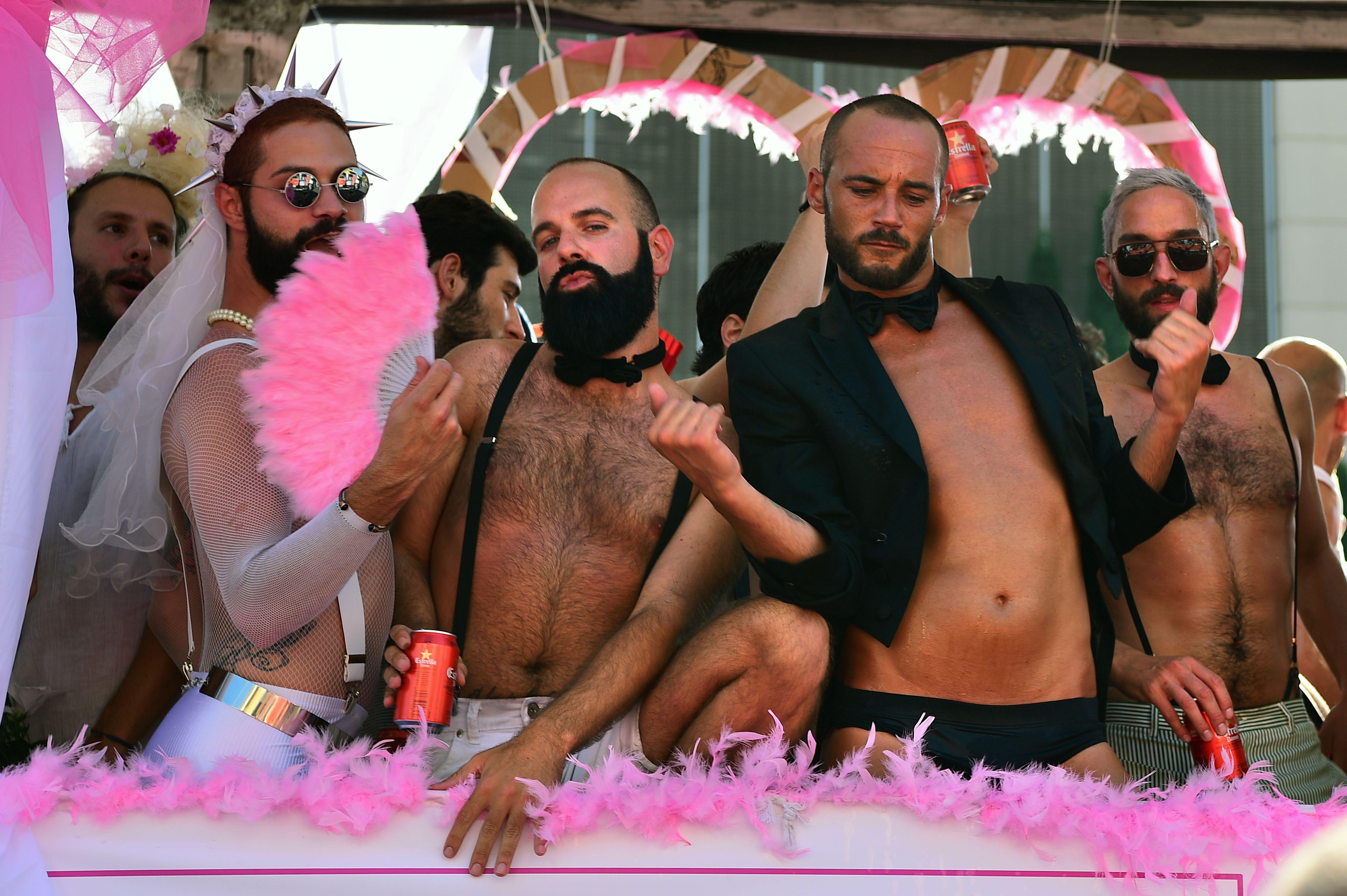 Новогодняя гей тусовка