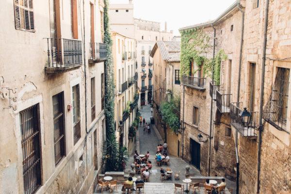 Cosas + a + Do + en + + + Girona Le Bistrot + + Restaurante, + Girona, España +