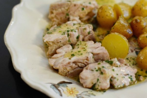 With calf brains butter and lemon Gresca Bar 640 × 427
